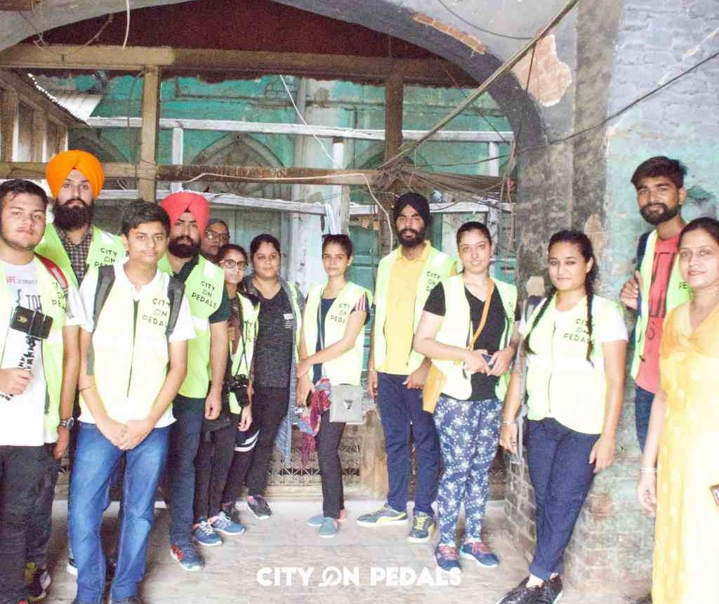 Group of college students on the Amritsar Heritage Walking Tour