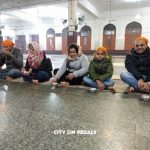 Tea snacking inside the langar hall