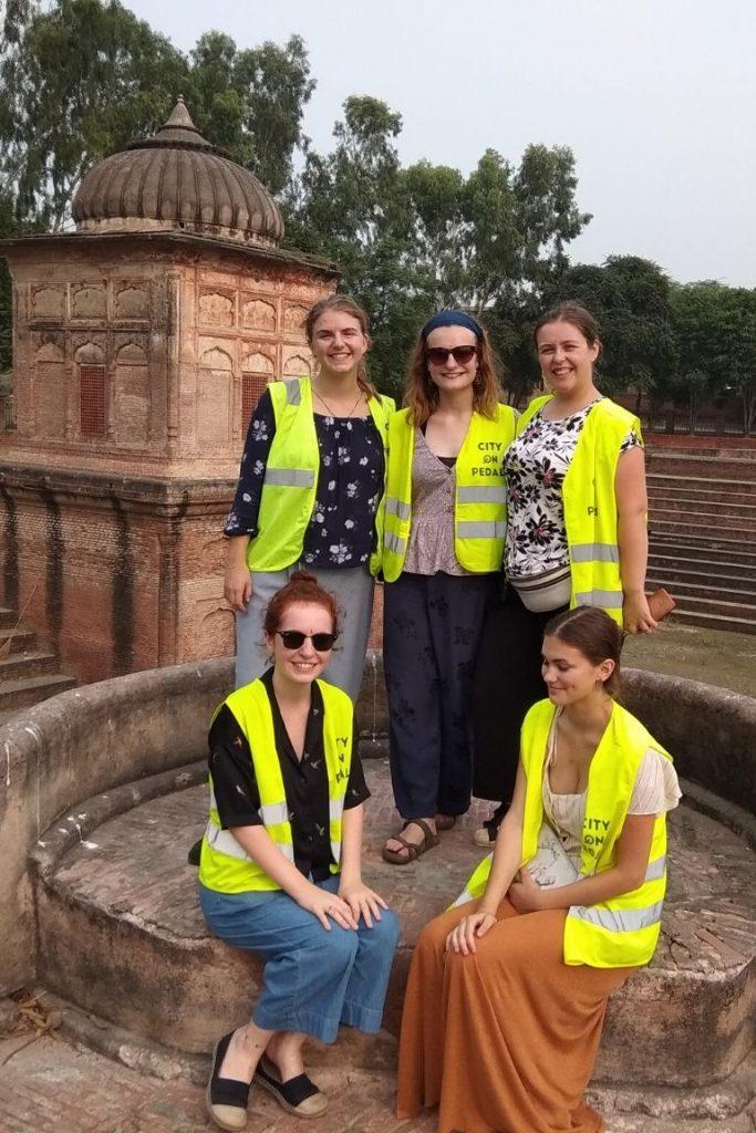 Group of female travelers at Pul Kanjari