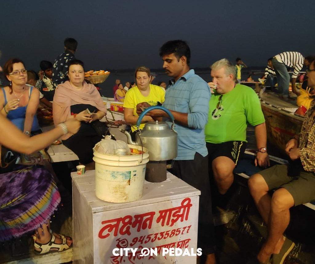 Varanasi boat tea