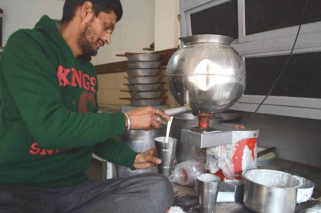 Amritsari Lassi getting poured